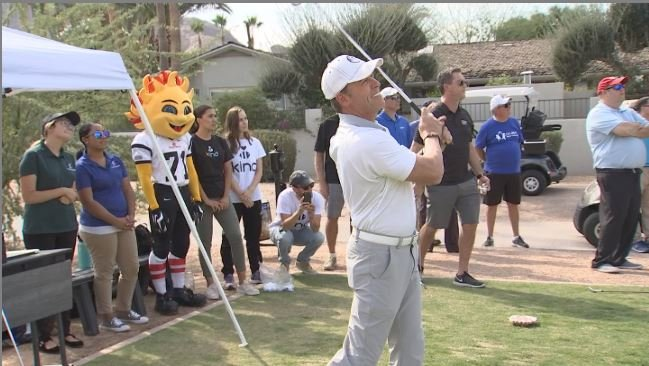 Scott Pasmore wins the Fiesta Bowl Media Challenge. (Source: 3TV/CBS 5)