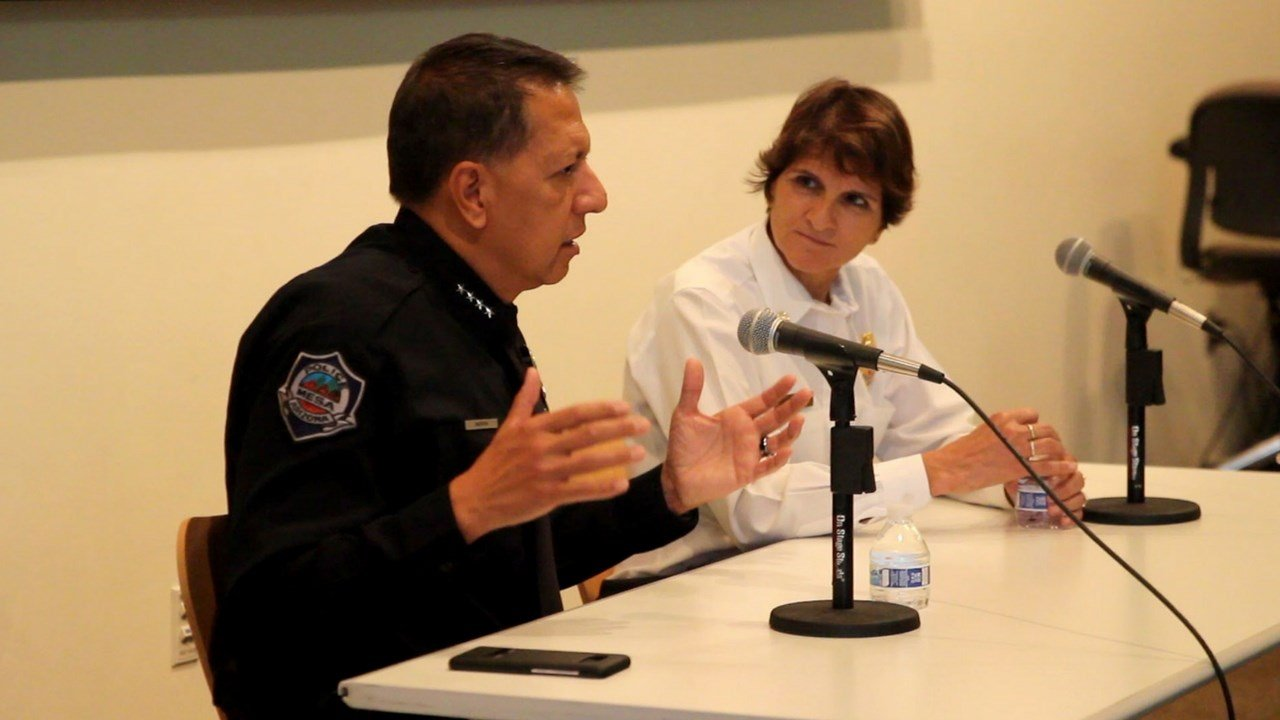 Mesa Police Chief Ramon Batista speaks at a public safety workshop during the 2017 Latino Town Hall meeting. (Photo by Andrea Jaramillo Valencia/Cronkite News)