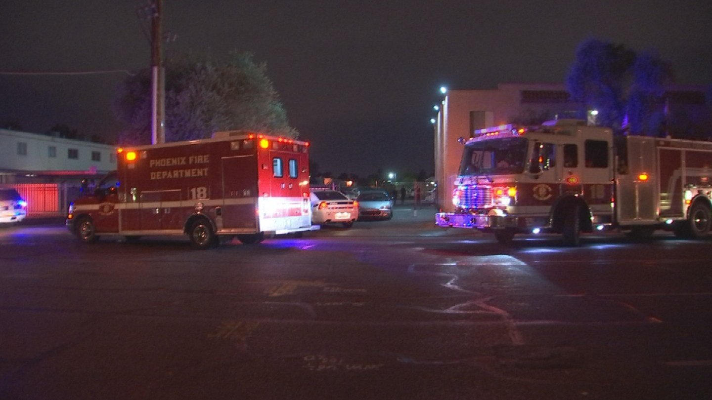 A man is dead and a woman is in serious condition after a shooting at a Phoenix apartment early Wednesday morning. (Source: 3TV/CBS 5)
