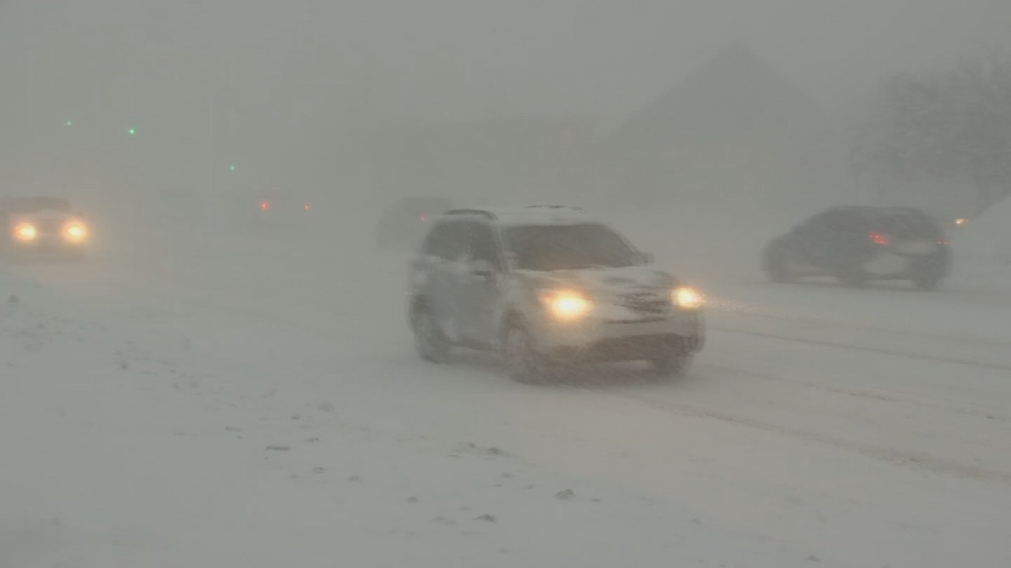 While Phoenix may not see any snowfall, that doesn't mean Phoenix residents shouldn't prepare themselves for driving in winter weather.(Source: 3TV/CBS 5)