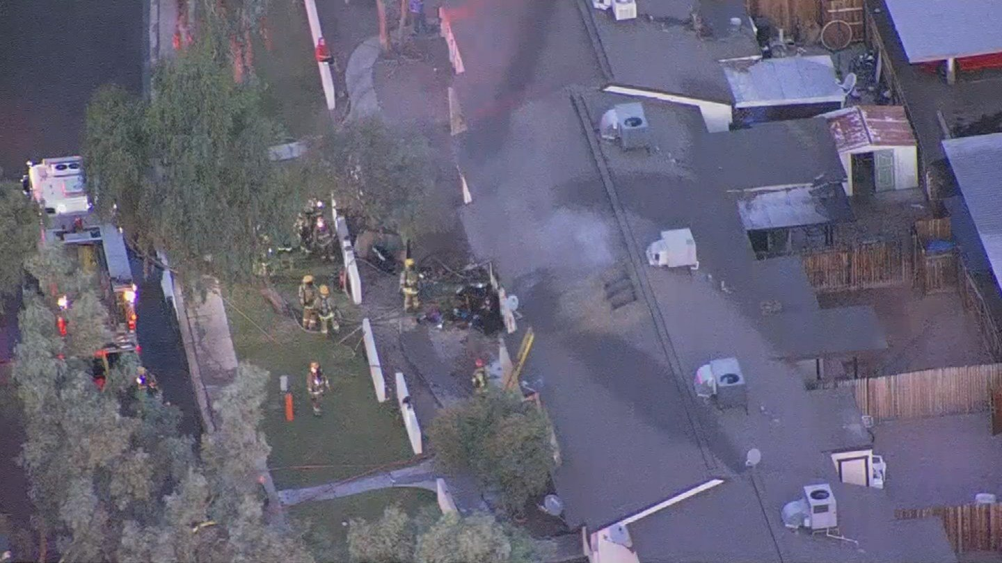 Fire crews were dispatched to the apartment fire near 67th Avenue and Osborn Road around 6:30 a.m. (Source: 3TV/CBS 5)