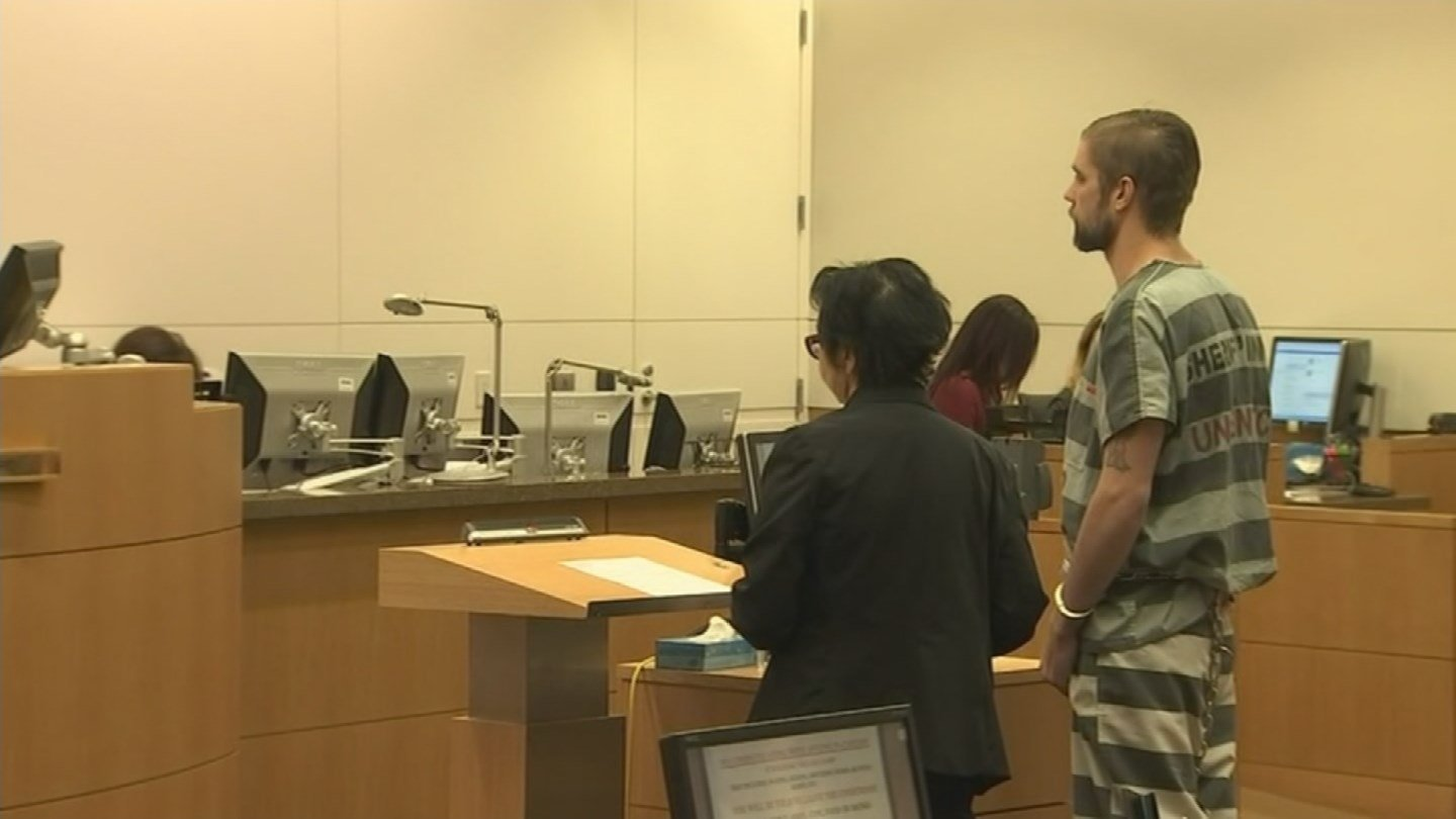 Charlie Malzahn, 27, appears before a judge on Nov. 17, 2017 for robbery and third-degree burglary. Malzahn is the prime suspect in the murder of Glendale teacher, Cathryn Gorospe. (Source: 3TV/CBS 5)