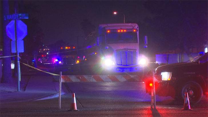 The semi-truck driver stayed on the scene. (Source: 3TV/CBS 5)