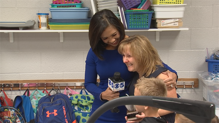 Mary Ann Holtzen was given the Silver Apple Award. (Source: 3TV)