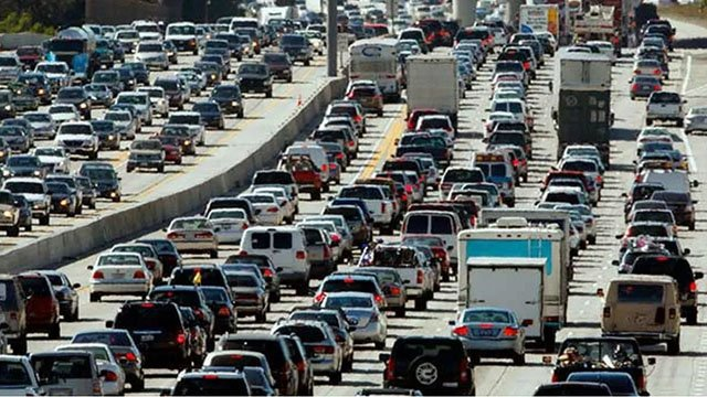 The Arizona Department of Transportation and its contractors won't schedule construction closures along state highways from Friday through late Monday evening. (Source: AP Images)