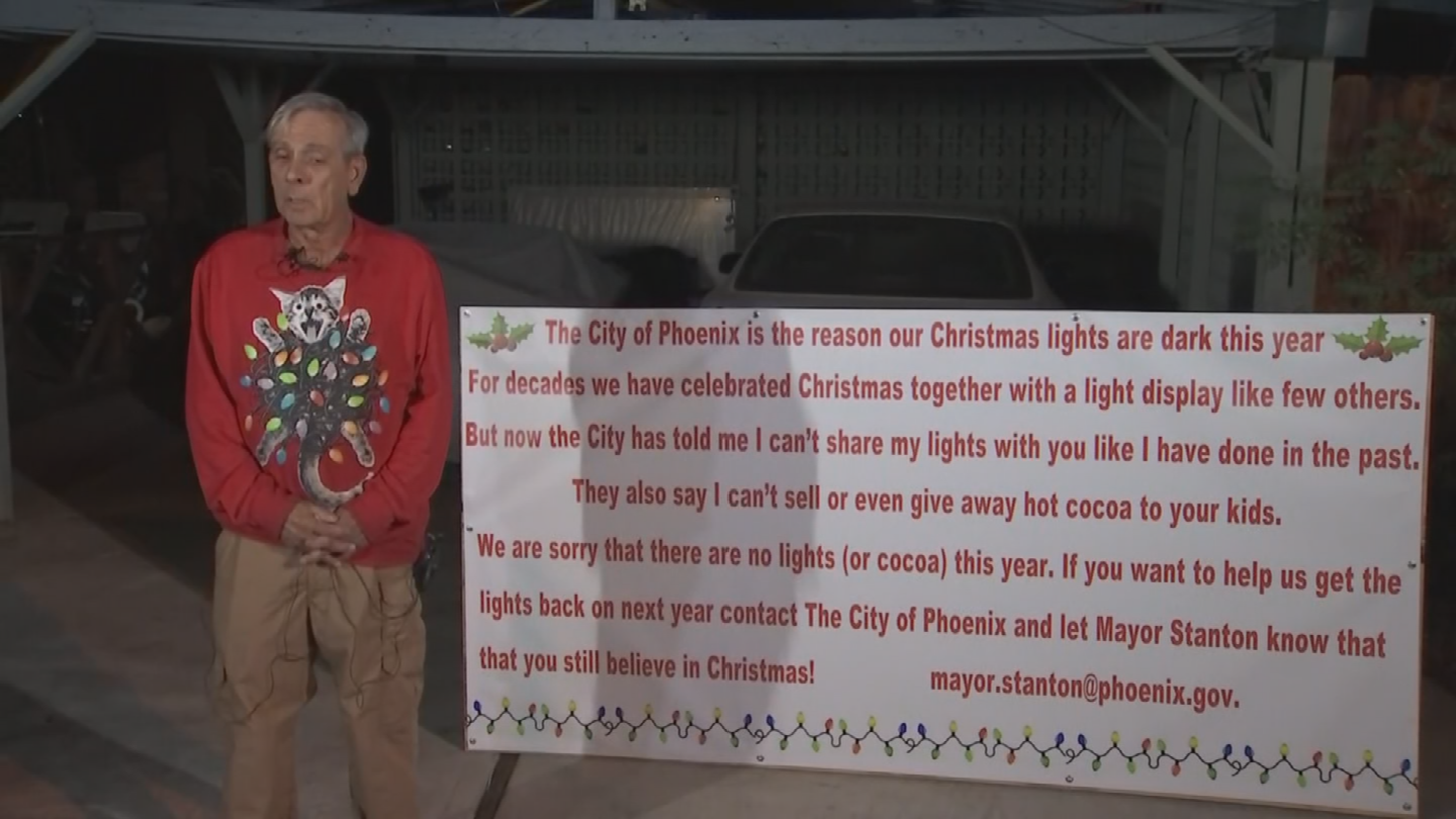 Lee Sepanek has gotten the help of lawyers to get his Christmas light display back up. (Source: 3TV/CBS 5)