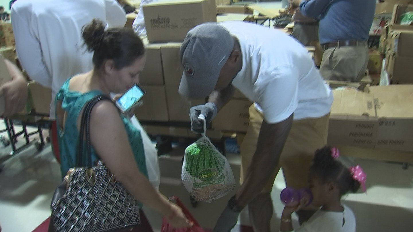 """Patrick Peterson hosts inaugural """"Patrick Peterson's Thanksgiving Giveway"""" (Source: 3TV/ CBS 5)"""