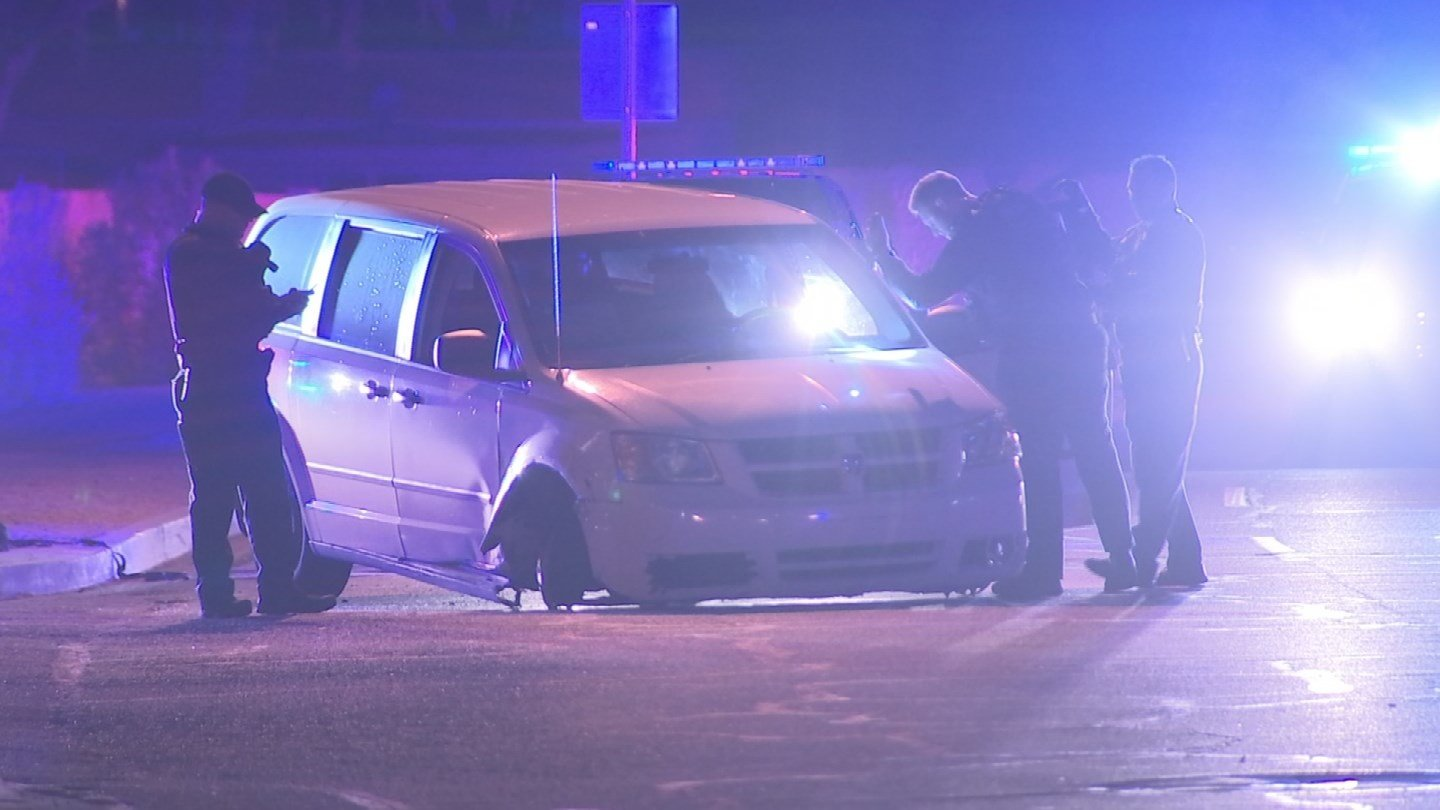 An officer was injured while performing a suspect search stemming from a burglary call in Mesa. (Source: 3TV/CBS 5)
