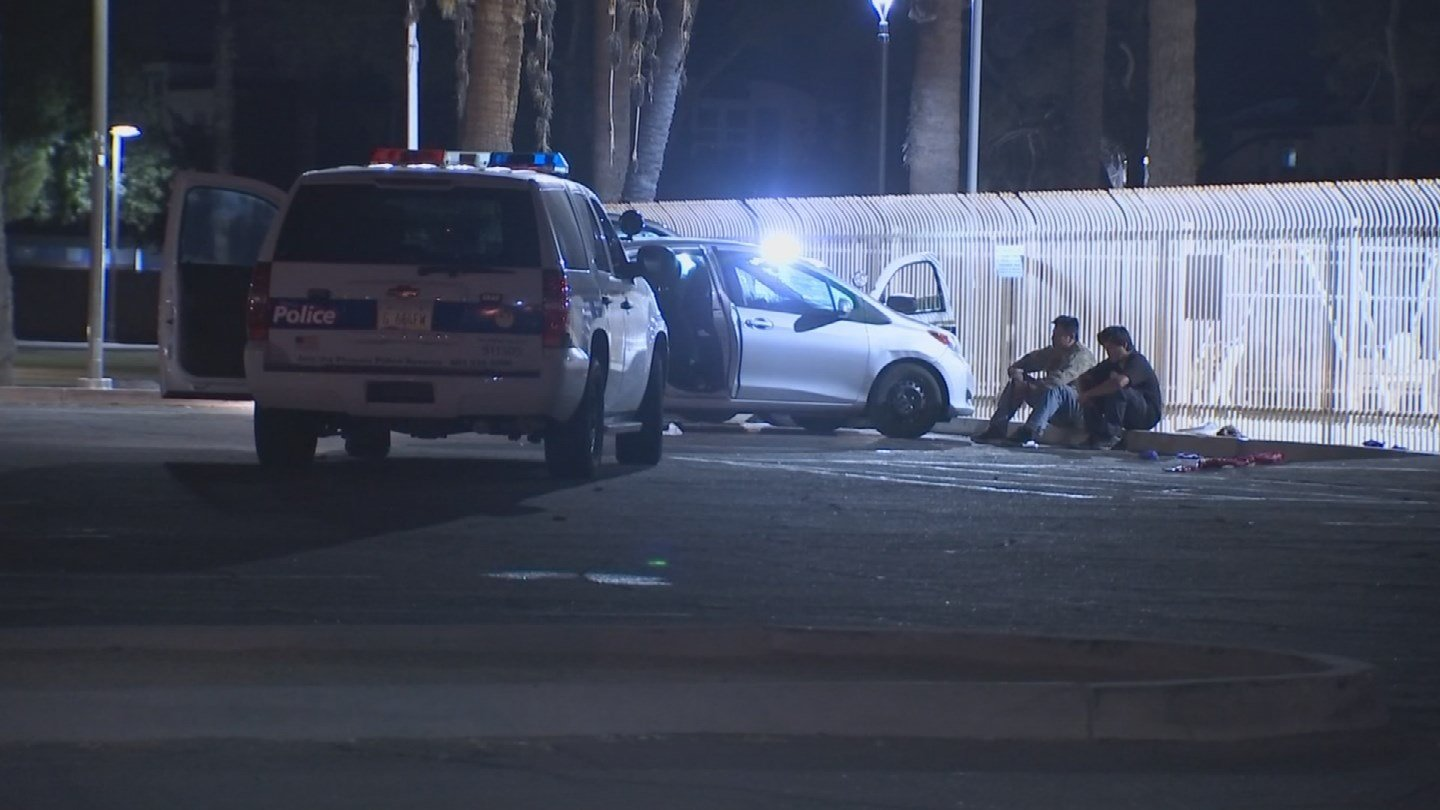 One man is in custody after he supposedly stabbed three people in Phoenix early Friday morning. (Source: 3TV/CBS 5)