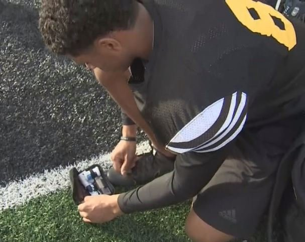 Saguaro junior Josiah Jacobs deals with diabetes and checks his blood sugar 8-10 times a day. (Source: 3TV/CBS 5)