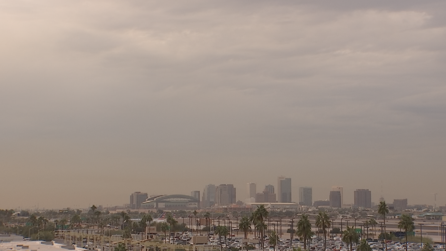 That hazy brown cloud still hovering over the Valley means there's some serious pollution in the air. (Source: 3TV/CBS 5)