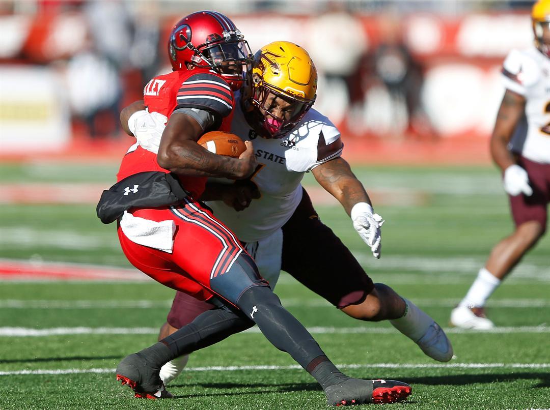 DJ Calhoun makes a tackle during ASU's victory at Utah (AP Photo/Rick Bowmer)
