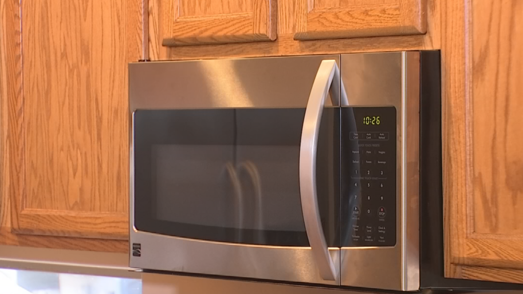 Perfetti already has his new microwave installed and ready to go. (Source: 3TV)