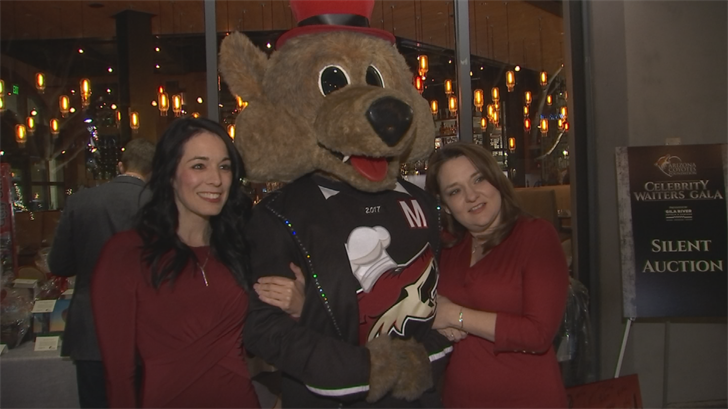 The Arizona Coyotes were in a different element Tuesday night in Scottsdale, feeling the heat of the kitchen rather than the chill of the ice. (Source: 3TV/CBS 5)