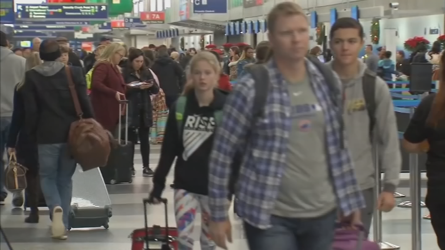 The holiday travel season is in full swing with itsofficial start today. (Source: 3TV/CBS 5 file photo)