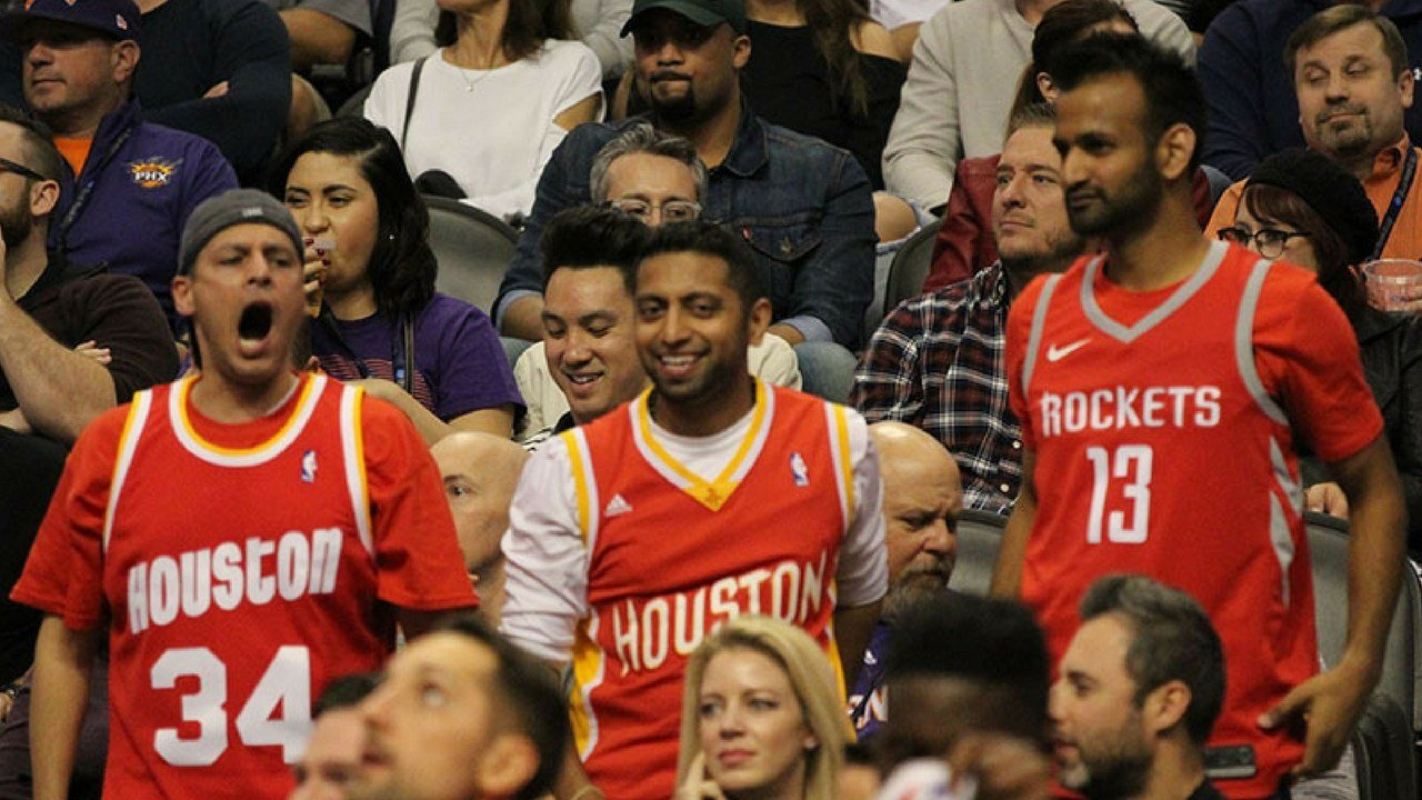 The Suns have a strong fan base because of past success but recently, more support from the visiting team can be seen at games. Winning is believed to be one way to fix that. (Photo by Jamie Nish/ Cronkite News)