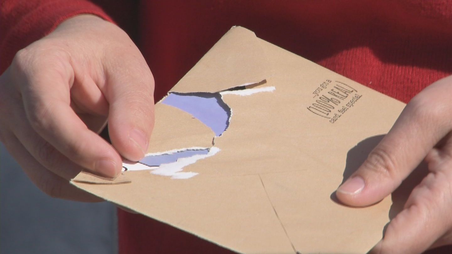A number of unhappy Valley homeowners are speaking out on social media to say they were sent holiday cards recently that were supposed to have gift cards with them. (Source: 3TV/CBS 5)