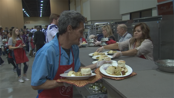 The traditional holiday feast helps families across the Valley who are struggling to get by. (Source: 3TV/CBS 5)