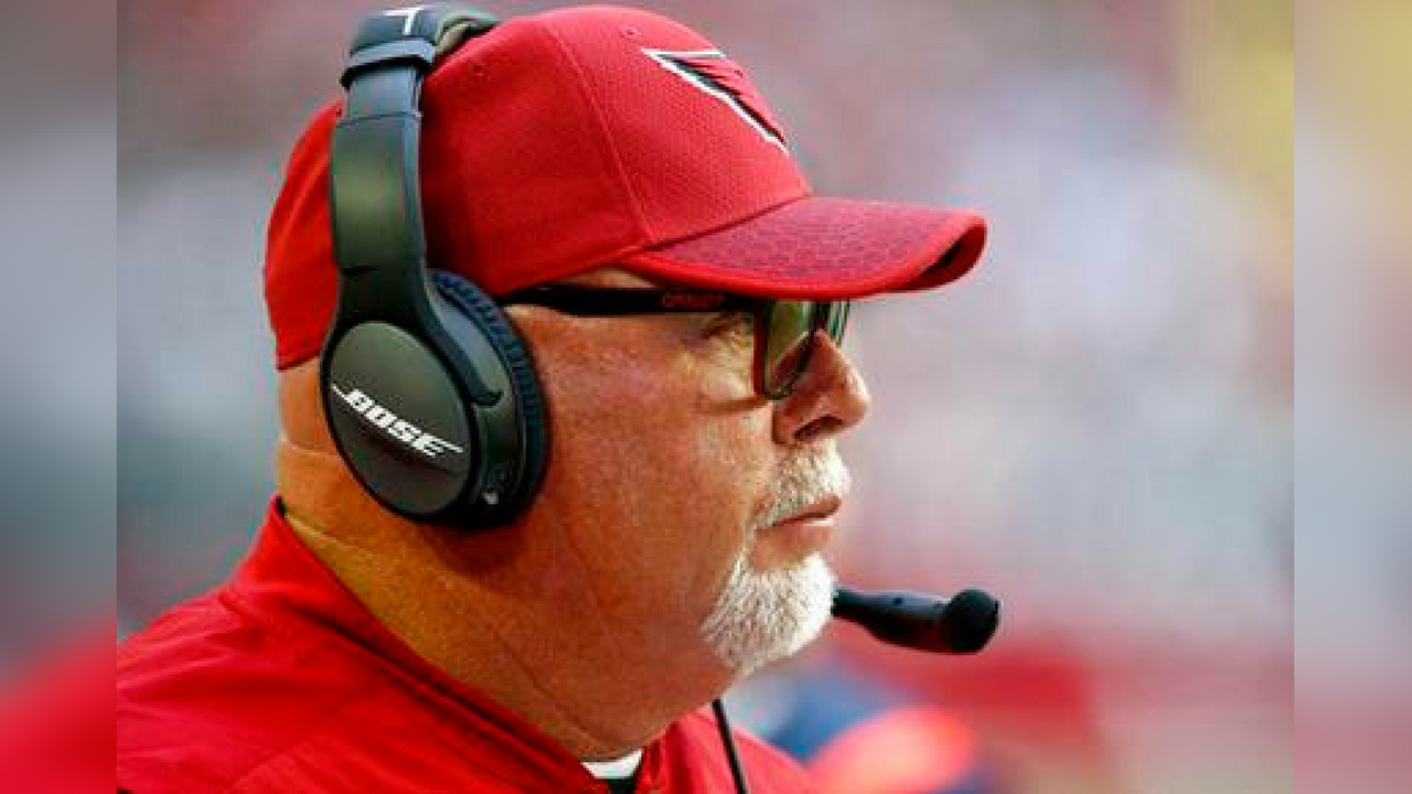 Arizona Cardinals head coach Bruce Arians watches during the first half of an NFL football game against the New York Giants, Sunday, Dec. 24, 2017, in Glendale, Ariz. (Source: AP Photo/Ross D. Franklin)