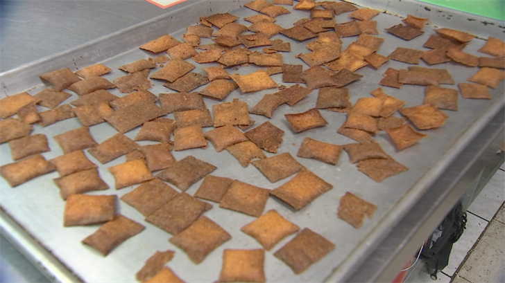 "17-year-old Nyah Kshatriya is busy running her business. She created the ""Keto Cracker."" (Source: 3TV/CBS 5)"