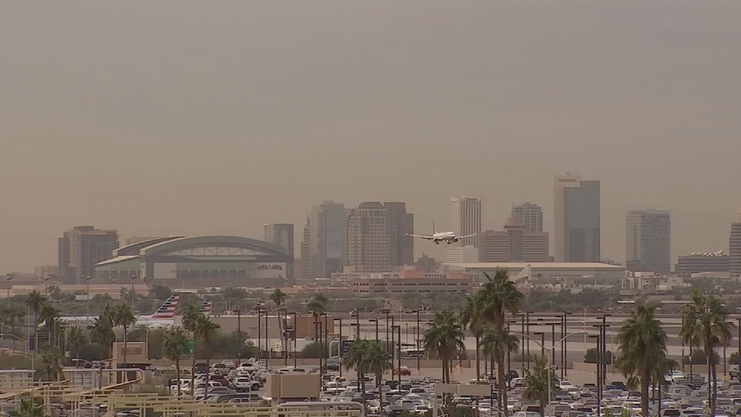Officials say people with heart or lung diseases, older adults and children are most likely to be affected by particle pollution. (Source: 3TV/CBS 5)