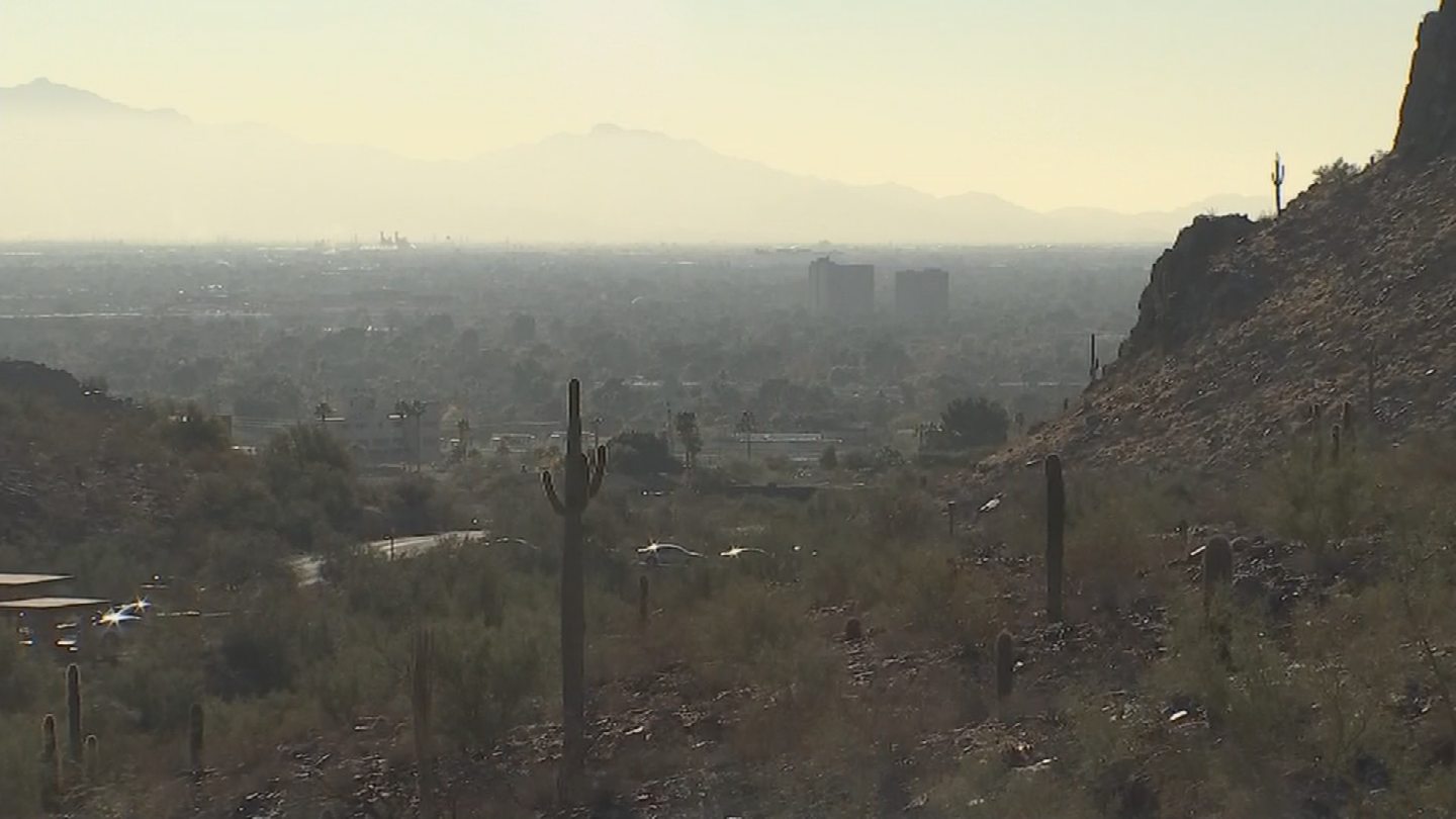The Arizona Department of Environmental Quality says the air quality is some of the worst they've seen in the last 12 years. (Source: 3TV/CBS 5)