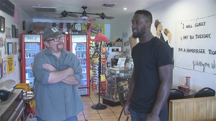 Randy Walters owns the famous burger shop. (Source: 3TV/CBS 5)