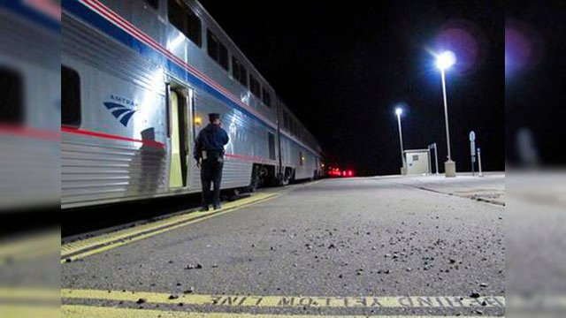 Shuttle service between the junction and Williams ended Monday, Jan. 1, 2018, effectively shutting down the bare-bones station where passengers step onto a dimly lit asphalt platform in a forest clearing. (Source: AP Photo/Felicia Fonseca)