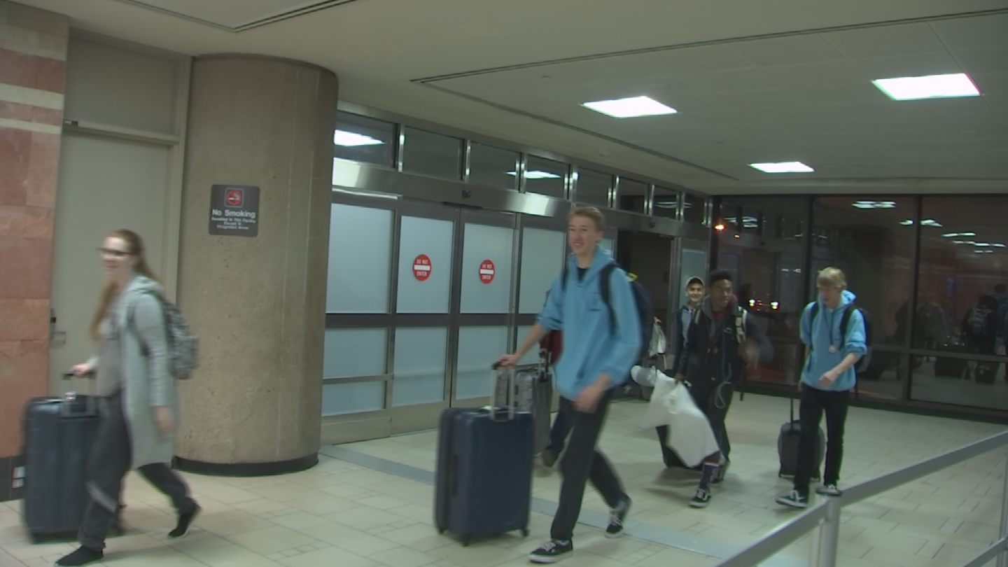 The Verrado High School band returned home after marching in the London New Year's Day Parade. (Source: 3TV/CBS 5)
