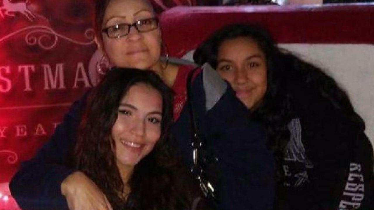 Maria Griselda Villanueva, 43, and her teen daughters Adelina and Adriana Rodriguez.19 Jan. 2018 (Source: 3TV/CBS 5 News)