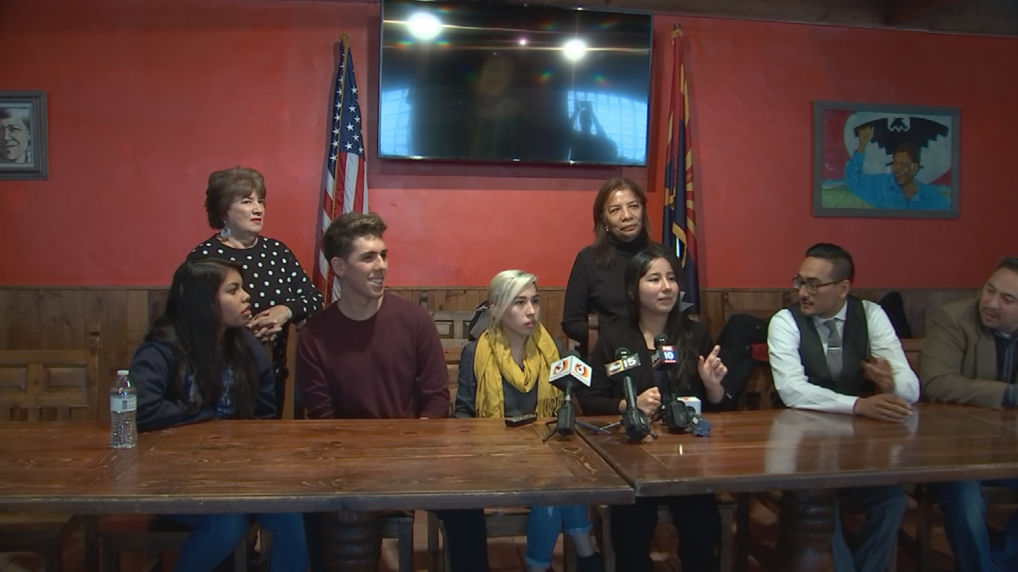 """Valley """"dreamers"""" and those who support them gathered Saturday to send a strong message to Washington. (Source: 3TV/CBS 5)"""