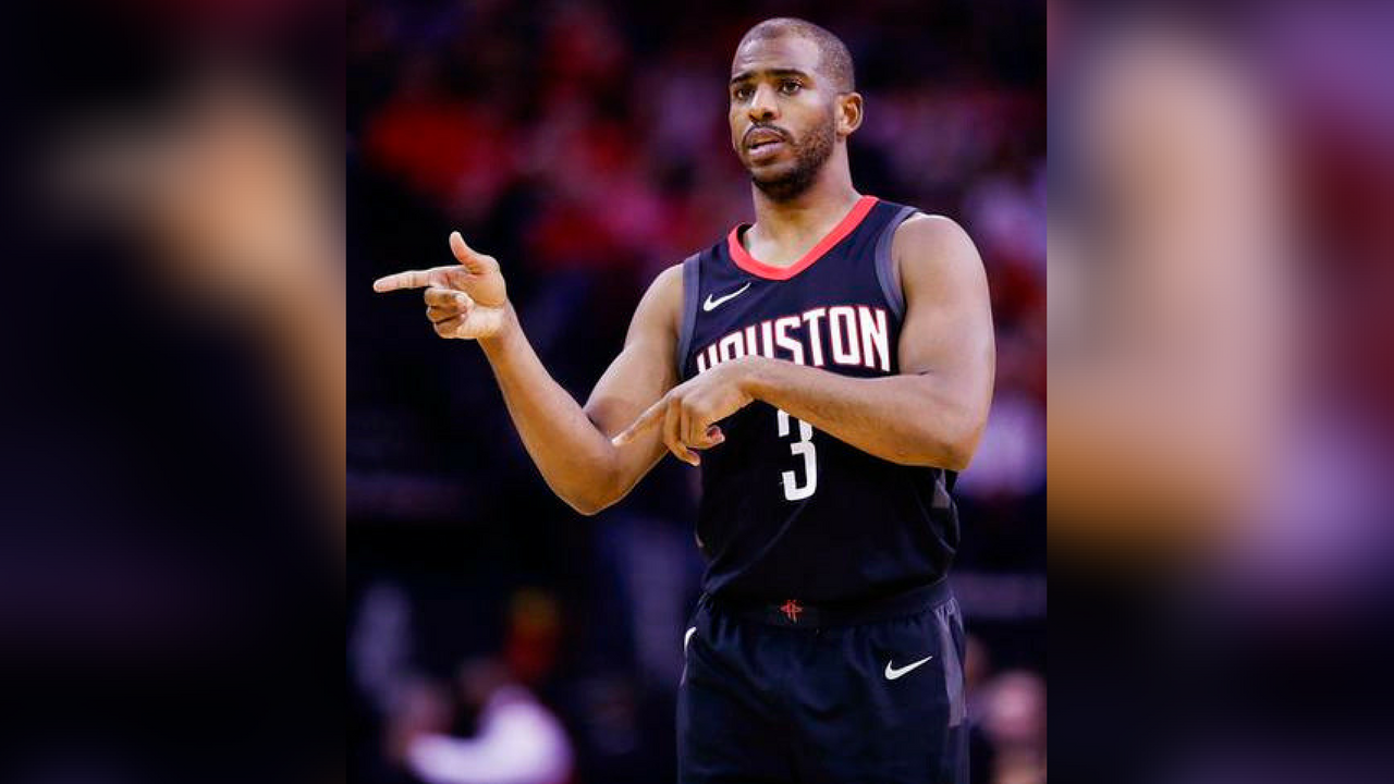Houston Rockets guard Chris Paul gives instructions during the first half of an NBA basketball game against the Phoenix Suns, Sunday, Jan. 28, 2018, in Houston. (Source: AP Photo/Eric Christian Smith)