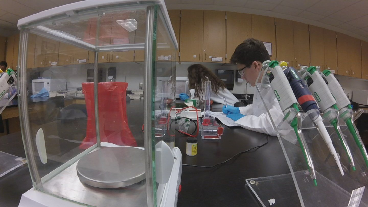 Students work in the new biotech lab at Red Mountain High School. (Source: 3TV/CBS 5)