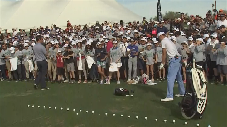 Golfers showed off this skills in front of hundreds of kids. (Source: 3TV/CBS 5)