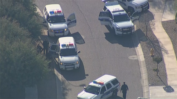 No officers were hurt. (Source: 3TV/CBS 5)