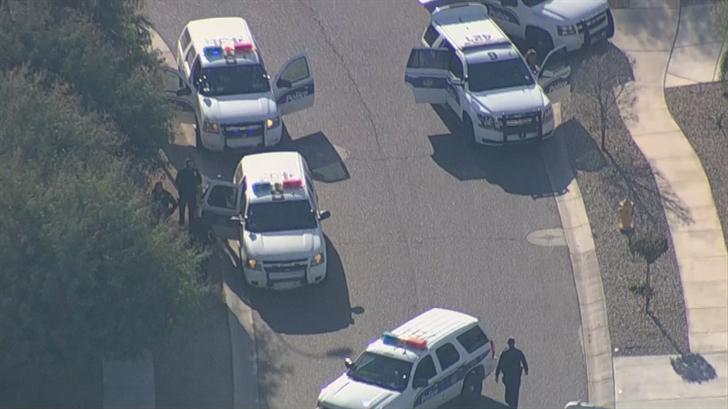 No officers were hurt. (Source: 3TV/CBS 5)