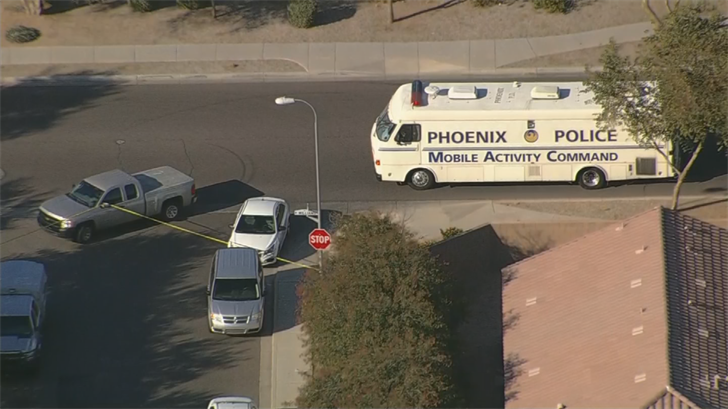The suspect wasn't hurt and surrendered. (Source: 3TV/CBS 5)