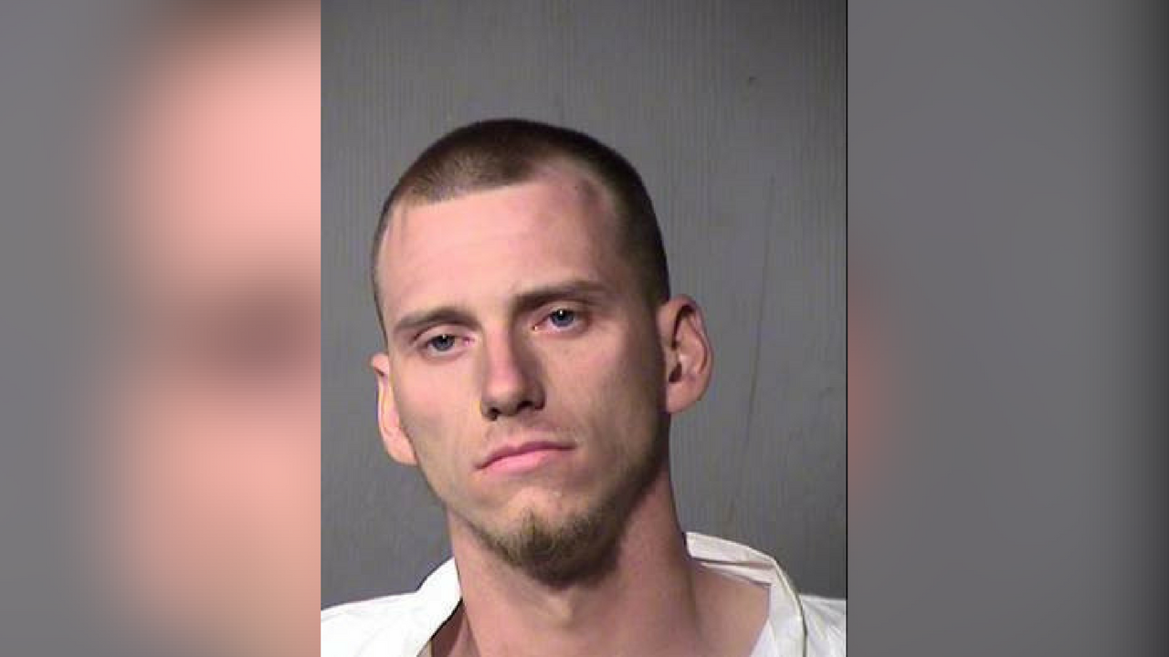 Kevin Stark, 24, arrested on armed robbery charges after going on a home invasion spree in Phoenix. (Source: Maricopa County Sheriff's Office)