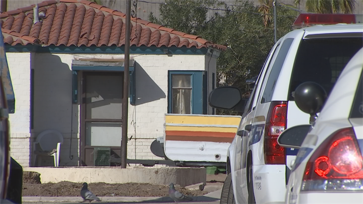 Dozens of families were kicked out of their apartments because the complex isn't safe. (Source: 3TV/CBS 5)