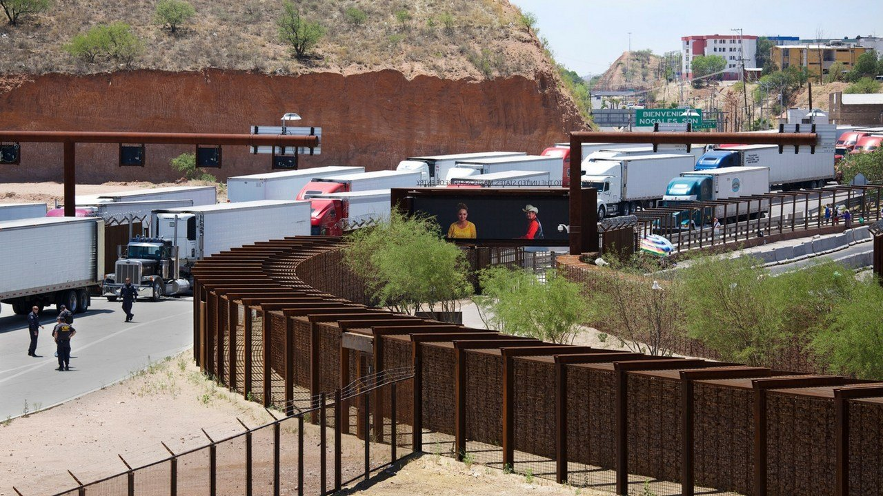 A General Services Administration photo from 2014 shows the truck crossing at the Mariposa Port of Entry connecting Nogales, Arizona, and Nogales, Sonora, Mexico. (Photo by Jaeho Chong/Kimsooja Studio)