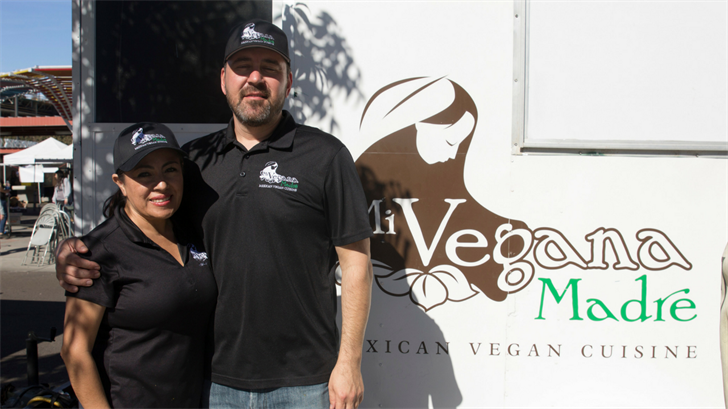 Mi Vegana Madre owners Jose and Leticia Gamiz became vegan more than three years ago. (Source: Mersedes Cervantes/Cronkite News)