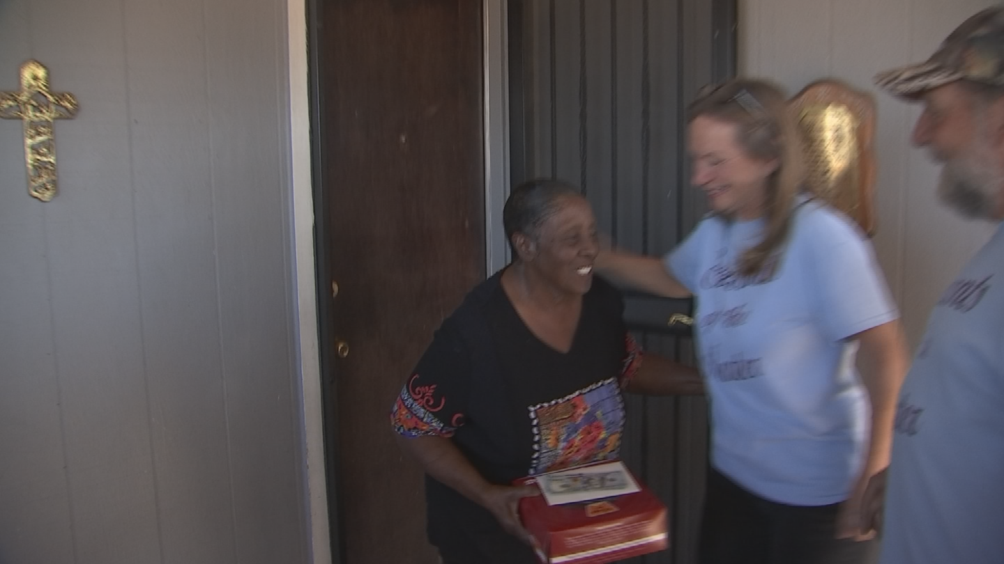 Don Mellon reached out to CBS 5 to Pay it Forward to Stevenson, then showed up at her home with more than a dozen friends. (Source: 3TV/CBS 5)