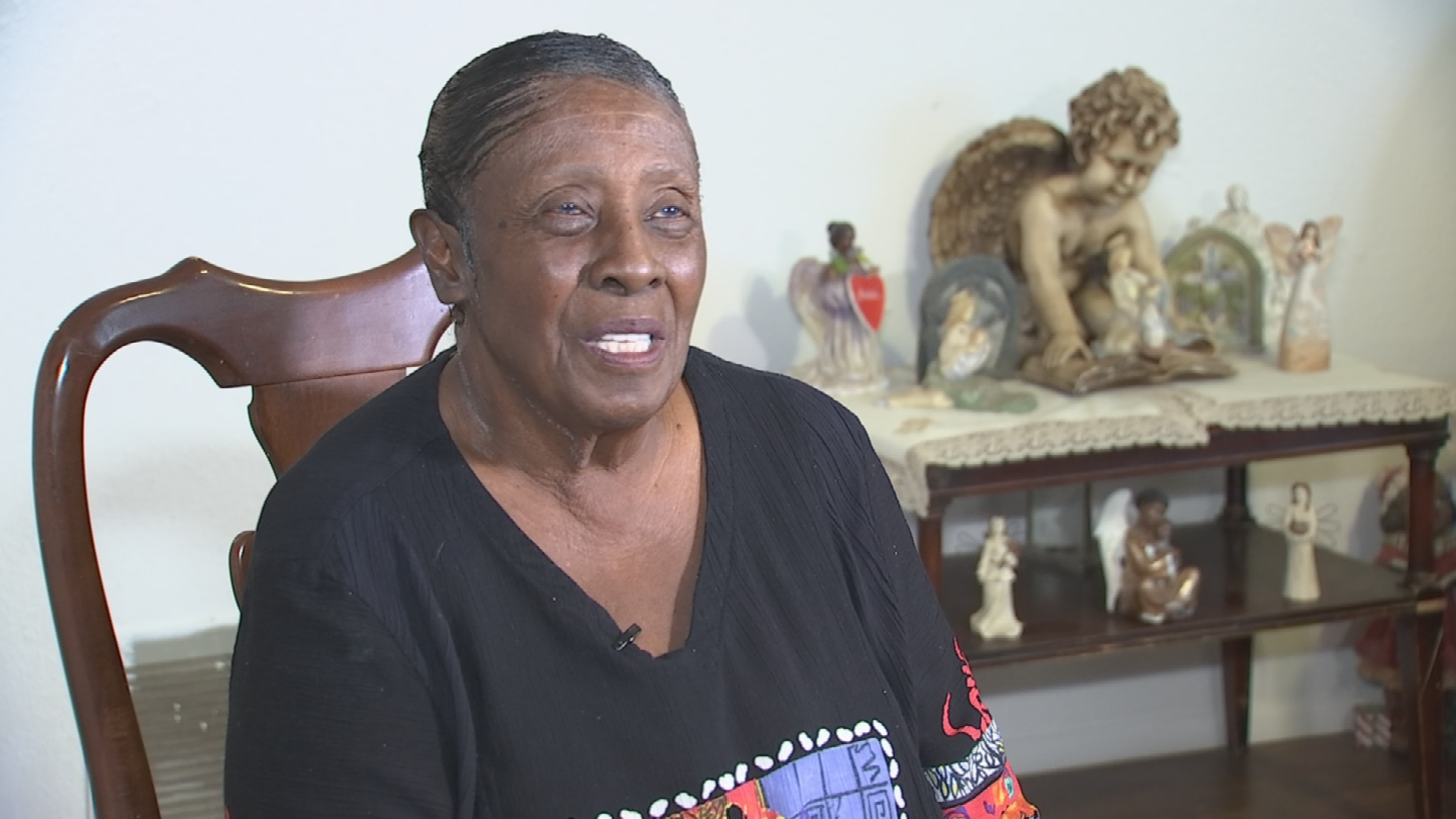 "Every week, ""Mamma Jo"" serves up meals and passes out clothes at Phoenix's Andre House, a non-profit organization devoted to serving the Valley's most vulnerable population. (Source: 3TV/CBS 5)"