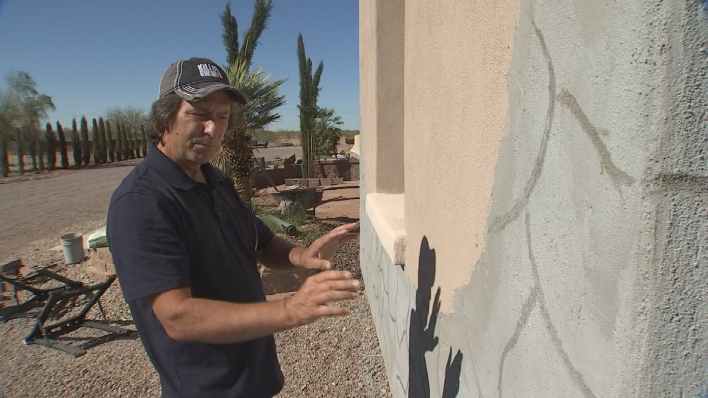 Ward Cure hired a contractor to do stucco work on his home. 19 Feb. 2018 (Source: 3TV/CBS 5 News)