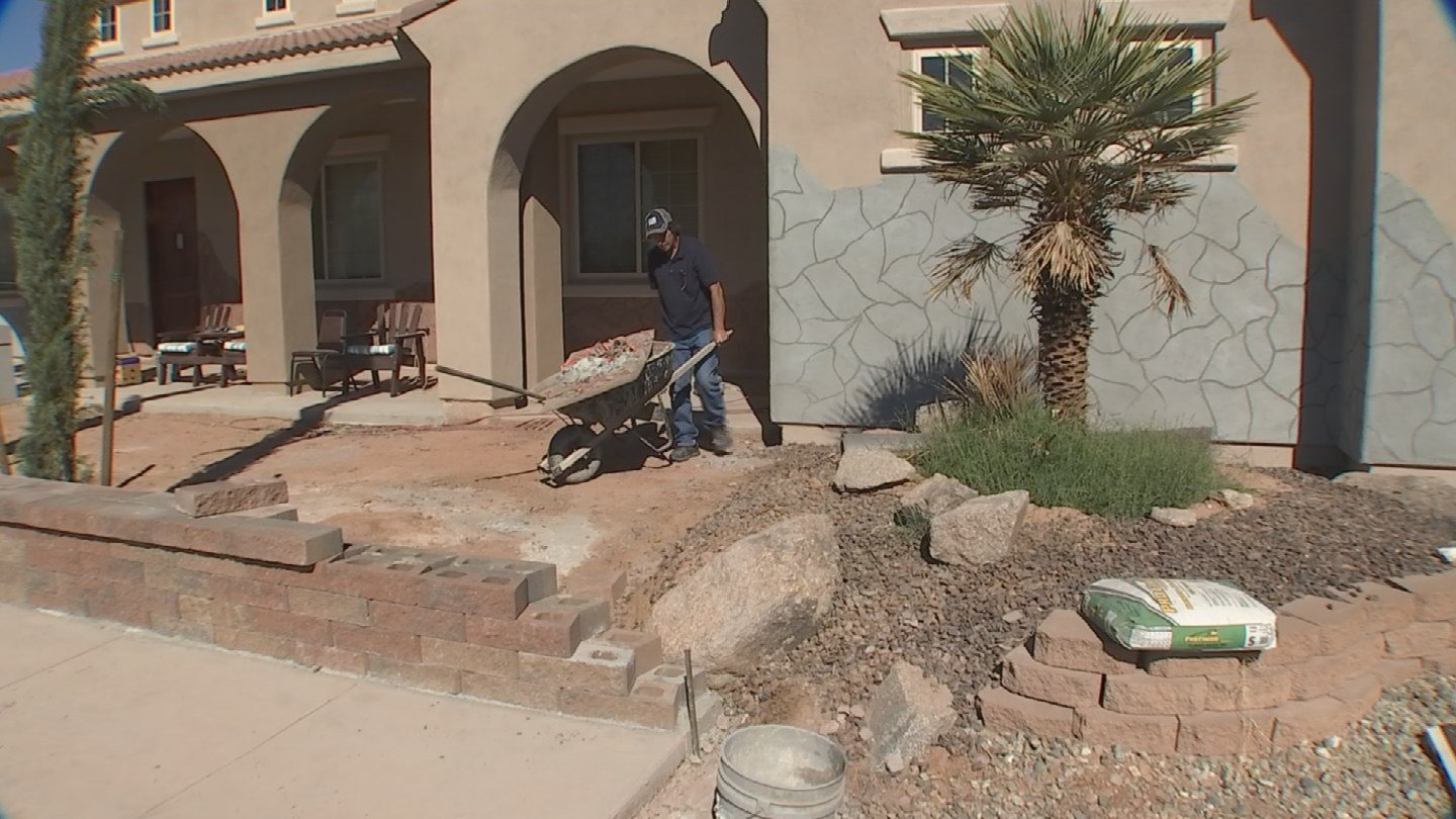 The contractor took a down payment and then didn't show up again. 19 Feb. 2018 (Source: 3TV/CBS 5 News)