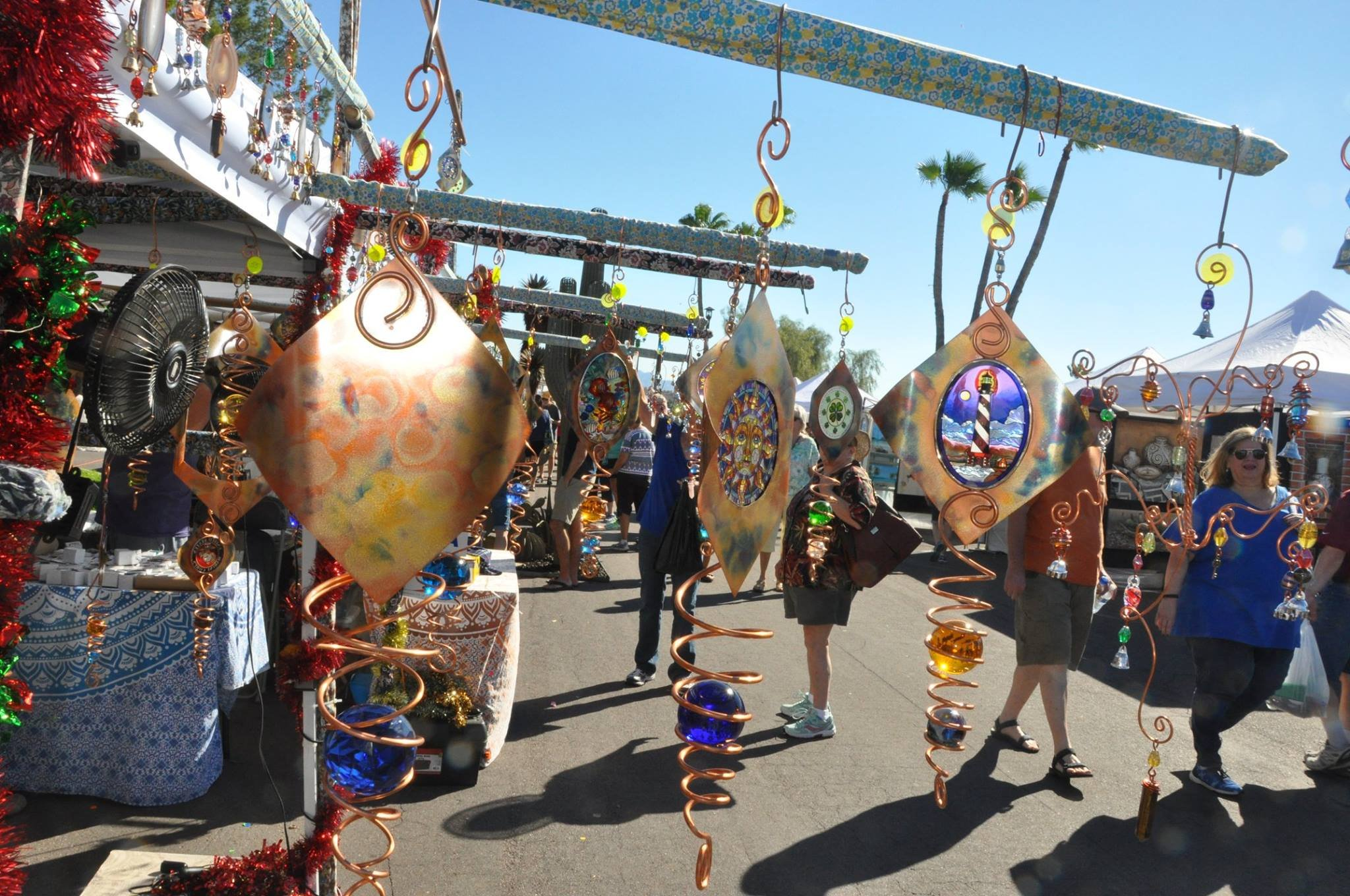 The fair will feature 500 artisans from around the U.S. and the world. (Source: Fountain Hills Chamber of Commerce)