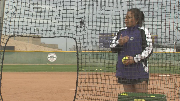 Queen Creek softball coach Stephanie Mejia is one of the best coaches in the state. (Source: 3TV/CBS 5)