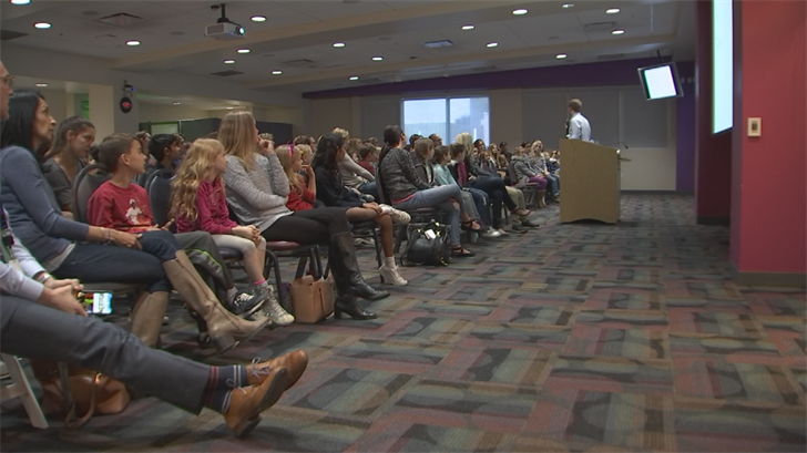 "Dr. Michael Goodman held his ""We Are All Auggie Pullman"" talk in Phoenix. (Source: 3TV/CBS 5)"