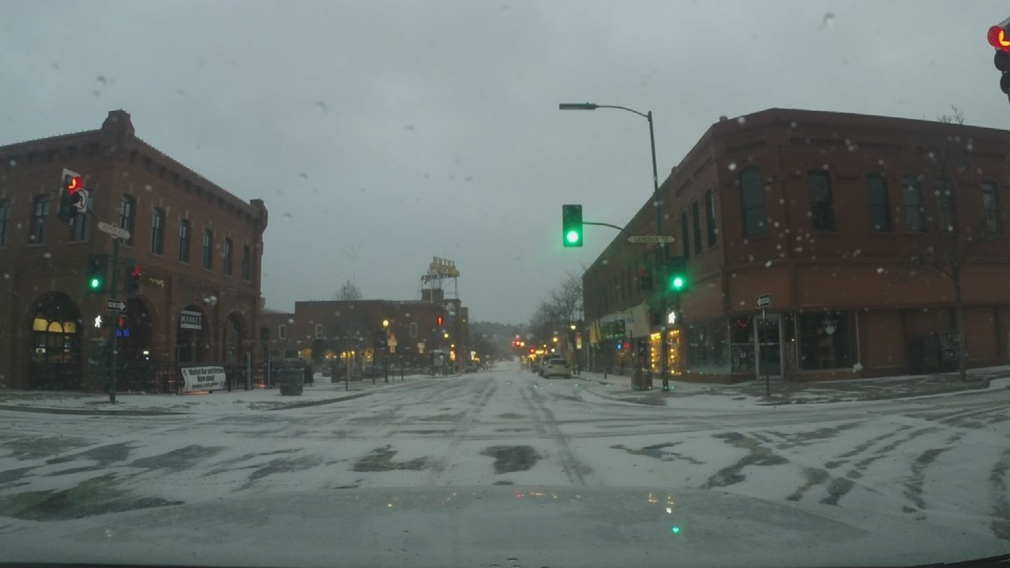 A view of new snow in downtown Flagstaff on Friday morning. (3TV/CBS 5)
