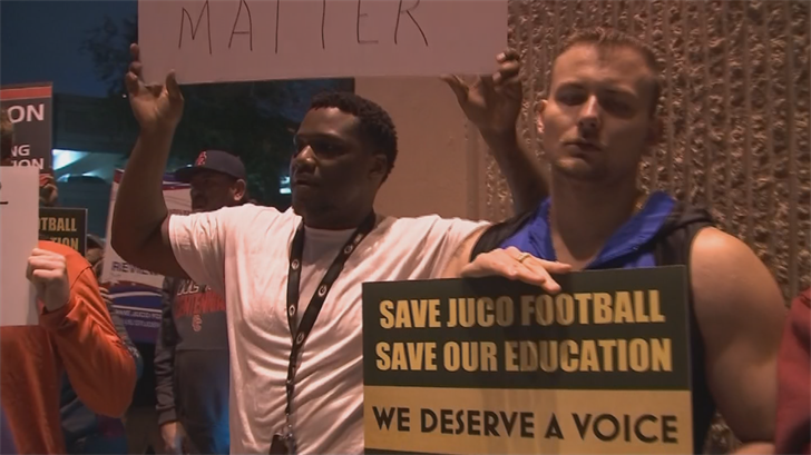 Protesters want Maricopa County Community Colleges to keep their football programs. (Source: 3TV/CBS 5)